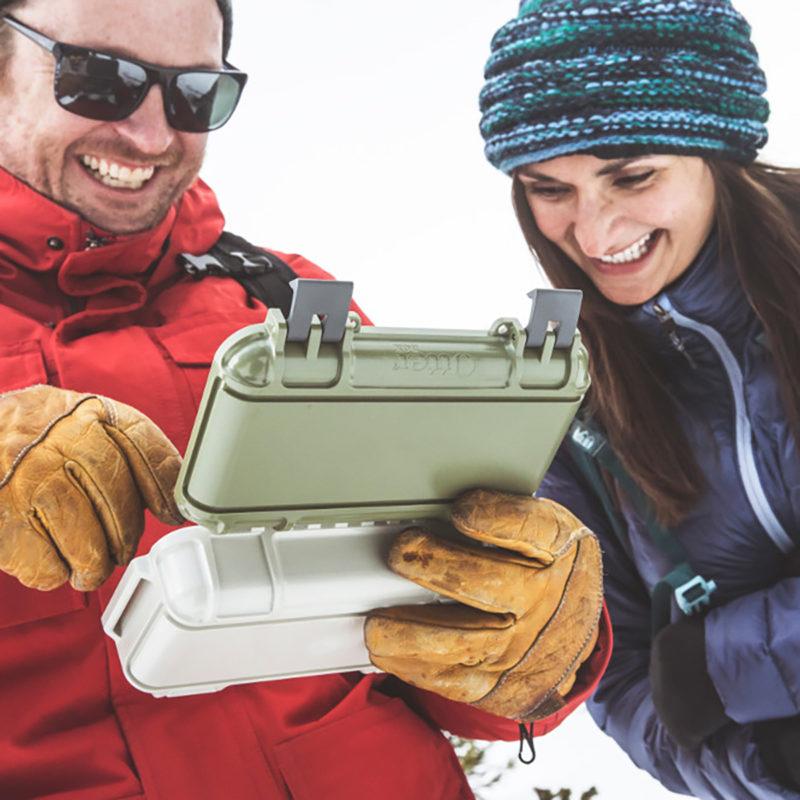 AIRMKT eCom PN XXXXXX Otter Box 170131_DryBox_CameronPass_026 WEB