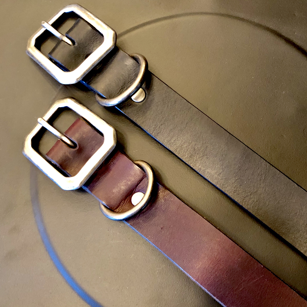 AIRMKT eCom PN XXXXXX Dean Accessories _leash black and brown WEB
