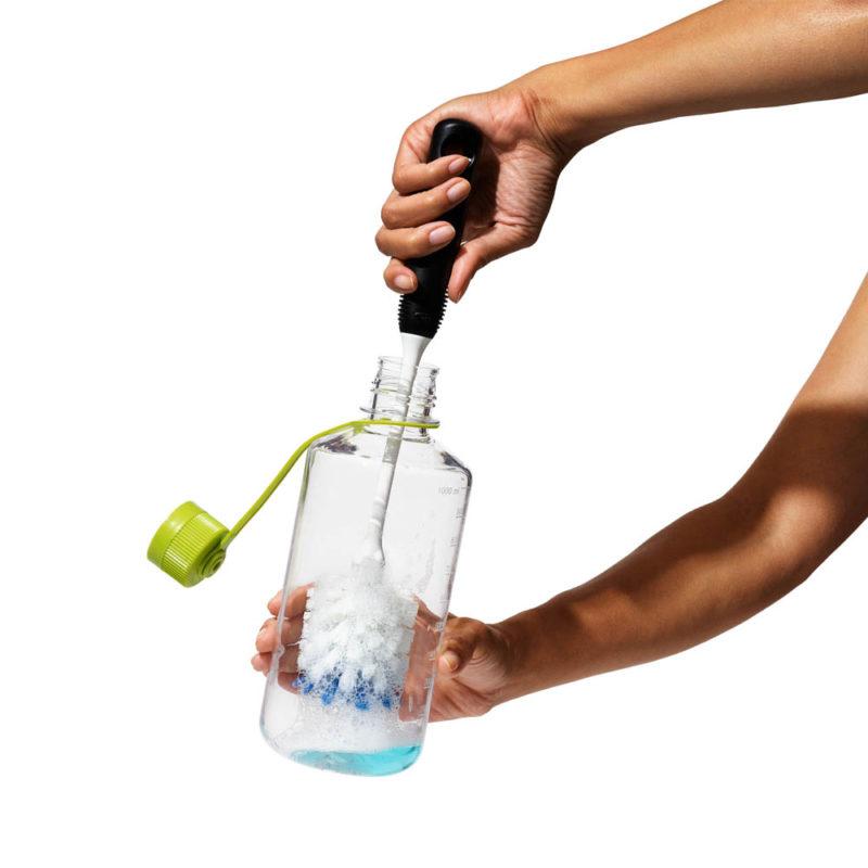 oxo airstream bottle brush_4d