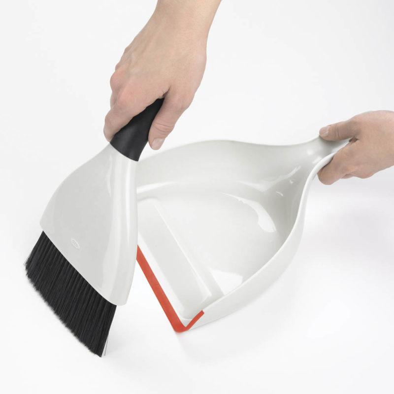 oxo airstream dustpan and brush set_2 (1)
