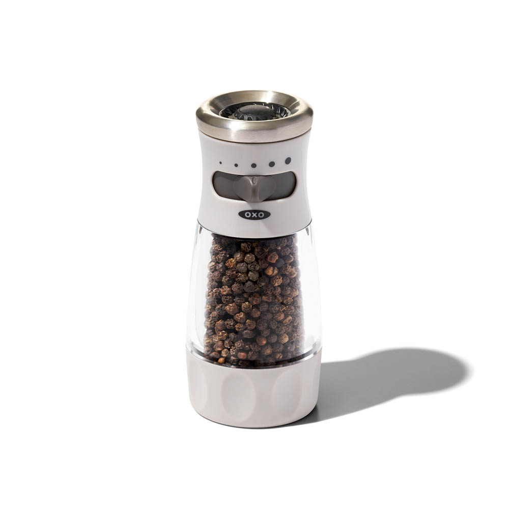 gg_oxo airstream mess free pepper grinder_3a_W_RGB