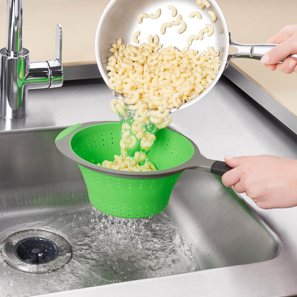 oxo airstream two quart silicone collapsible strainer 2qt_4
